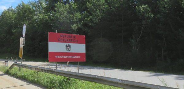 panneau de la frontière autrichienne depuis la Slovénie