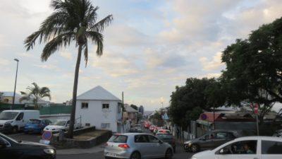 St Denis (Réunion) - Le centre ville très encombré