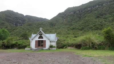 La chapelle de la Sainte Famille près de la forêt de Belouve (Réunion)