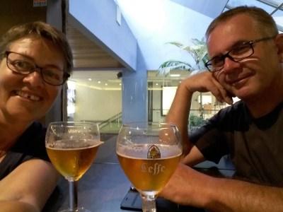 En attendant notre avion à l'aéroport de St Denis - Réunion