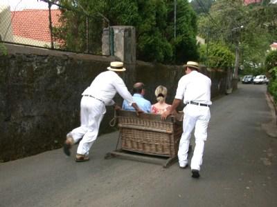 Carreiros do Monte (Paniers en osier montés sur patins) - Funchal (Madère)