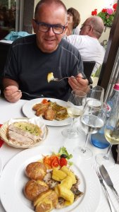 Déjeuner à Camara de Lobos - Madère
