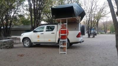 Installation au campsite Audi Camp - Maun (Botswana)