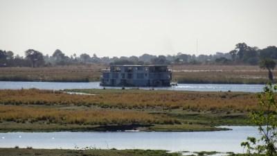 Bateau sur la rivière Chobe - Botswana