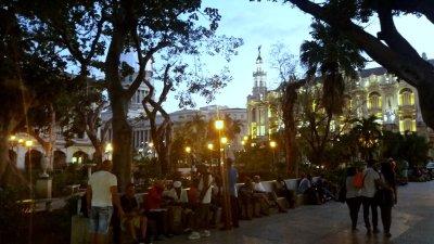 Le soir tombe sur le Capitole - La Havane (Cuba)