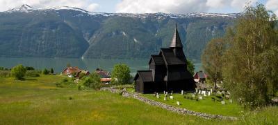 Eglise en bois debout d'Urnes en Norvège