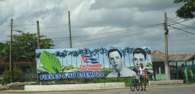Panneau au village de San Juan y Martinez - Cuba