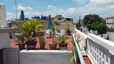 "Notre terrasse à la casa ""Hostal Brisa Sur"" de Cienfuegos - Cuba"