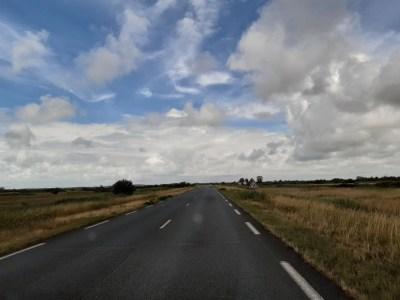 Sur la route entre Cressat et Soulac-sur-Mer