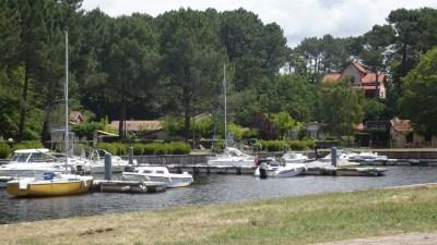 Le port de plaisance du lac de Lacanau