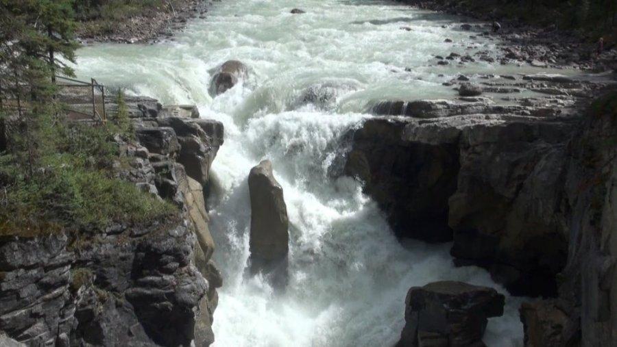 Les Chutes de Sunwapta - La route des Glaciers - Rocheuses canadiennes