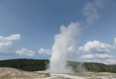 Old Faithful Geyser - Yellowstone NP