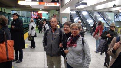 Sur les quais du métro de Montréal - Québec