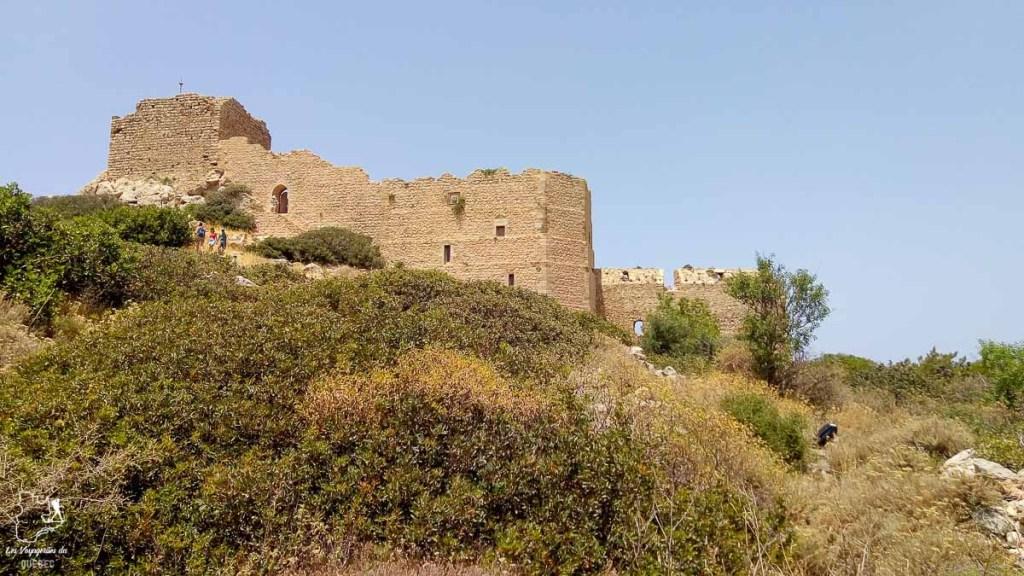 Le château de Kastellos à Kritinia dans mon article Rhodes en Grèce : Petit guide pour savoir que faire à Rhodes et visiter #rhodes #ilesderhodes #rhodesengrece #grece #ile #chateau
