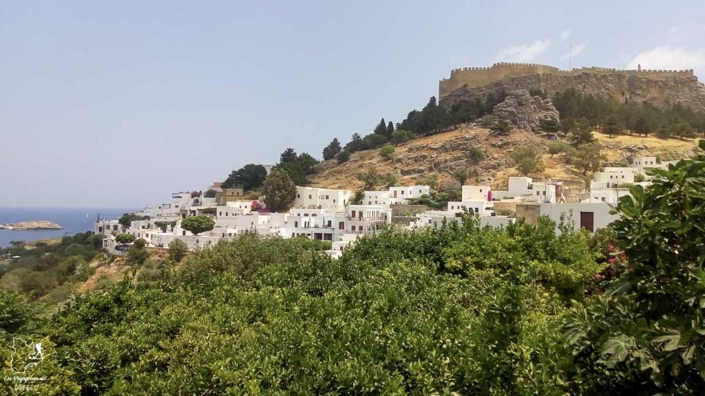 Ville de Lindos à Rhodes dans mon article Rhodes en Grèce : Petit guide pour savoir que faire à Rhodes et visiter #rhodes #ilesderhodes #rhodesengrece #grece #ile #lindos