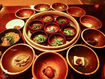 Mets traditionnels de Corée du Sud dans notre article Où partir seule en tant que femme : 12 destinations pour un voyage en solo #voyage #femme #voyagersolo #coreedusud