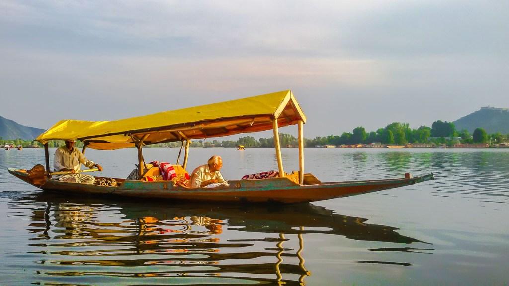 Lac Dhal dans le Cachemire en Inde du Nord dans notre article Inde du Nord : Itinéraire et conseils pour un voyage dans le Nord de l'Inde #inde #indedunord #norddelinde #asie #voyage #cachemire #himachalpradesh