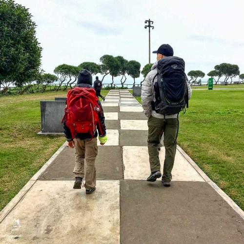 Sac à dos pour le Pérou idéal pour jeune garçon dans notre article Préparer les sacs à dos pour un voyage au Pérou en famille #famille #voyage #perou #sacados
