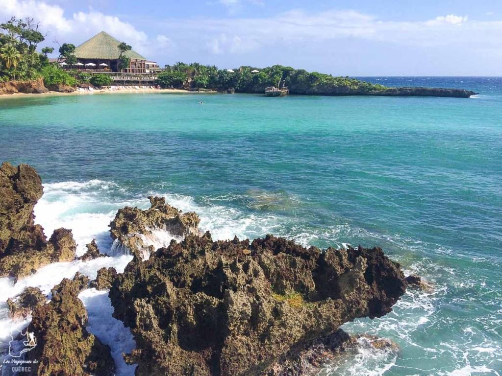 Plongée sous-marine à Roatan au Honduras dans notre article Plongée sous-marine : 20 destinations de plongée à travers le monde #plongee #plongeesousmarine #voyage #destination