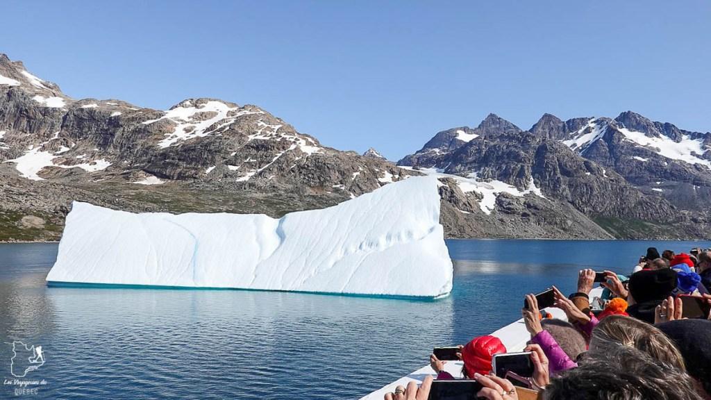 Faire une croisière en Alaska, c'est aussi voir des icebergs dans notre article Comment choisir sa croisière : guide pratique pour faire une croisière réussie #croisiere #bateau #voyage