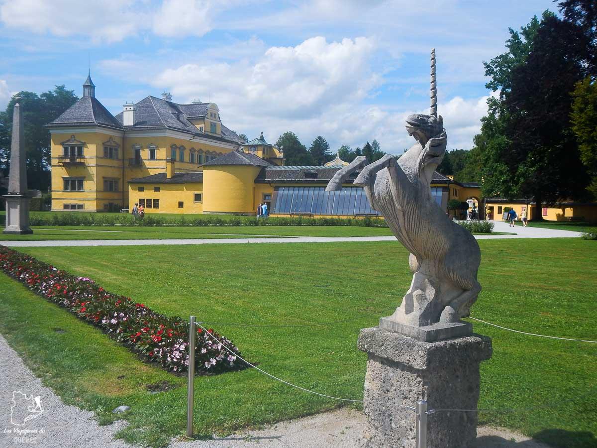 Le château Hellbrunn Salzbourg dans les Alpes autrichiennes dans notre article Voyage dans les Alpes autrichiennes en été, ces belles montagnes d'Autriche #alpes #autriche #alpesautrichiennes #montagnes #voyage #europe