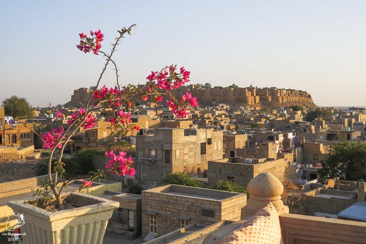 Jaisalmer, la porte d'entrée du désert du Thar dans notre article Déserts du monde : L'expérience mystique du Sahara, Thar et Wadi Rum #deserts #desert #sahara #thar #wadirum #voyage