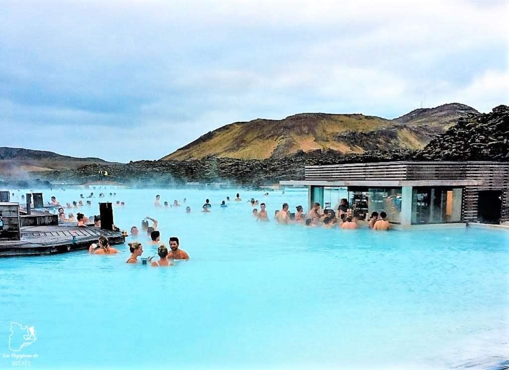 Blue Lagoon, un incontournable à visiter en Islande dans notre article Visiter l'Islande : quoi faire et voir en 4 jours seulement #islande #europe #voyage