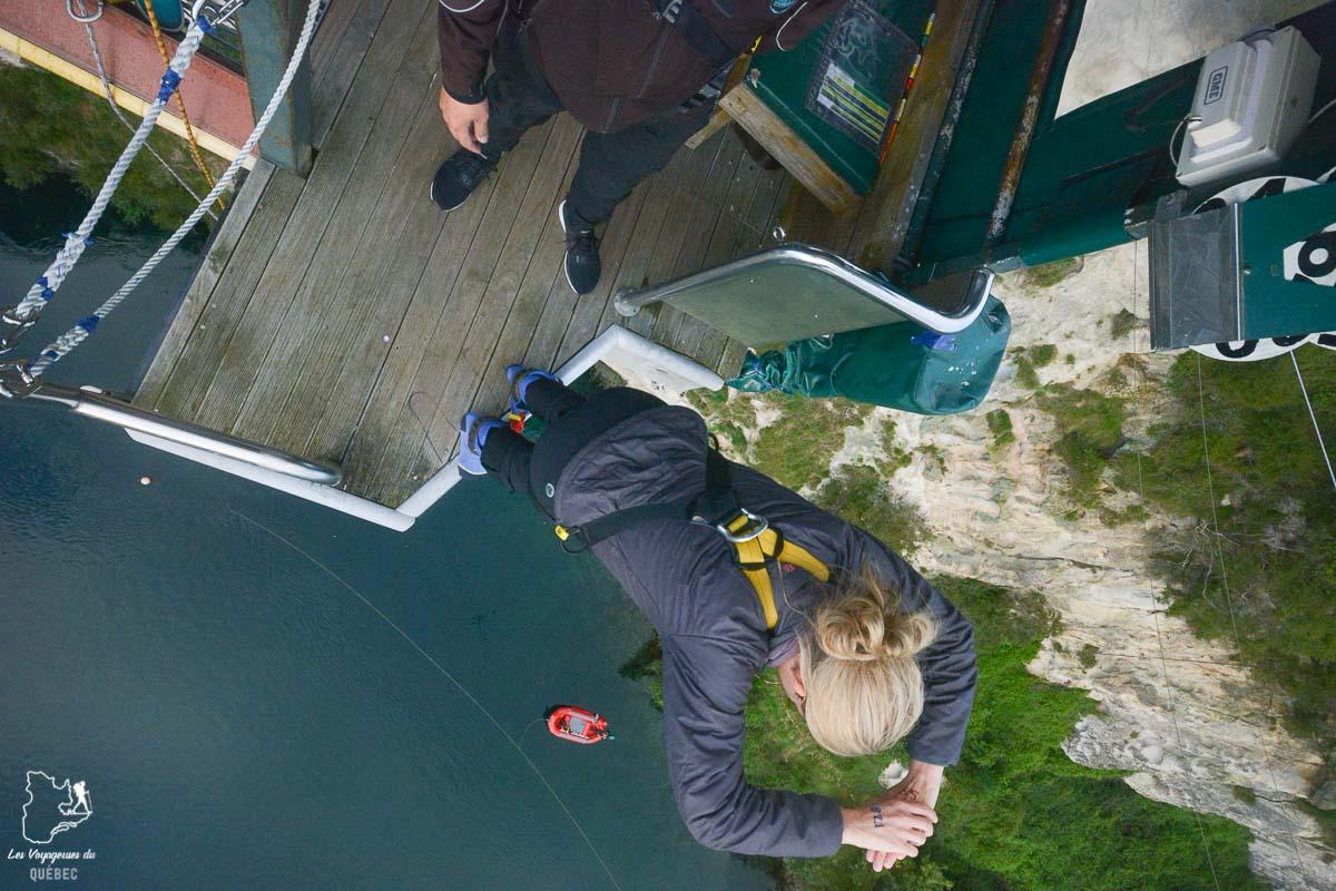 Bungy au lac Taupo en Nouzelle-Zélande dans notre article Trek en Nouvelle-Zélande : 5 randonnées à faire sur l'île du nord en Nouvelle-Zélande #trek #randonnee #iledunord #nouvellezelande #oceanie #voyage