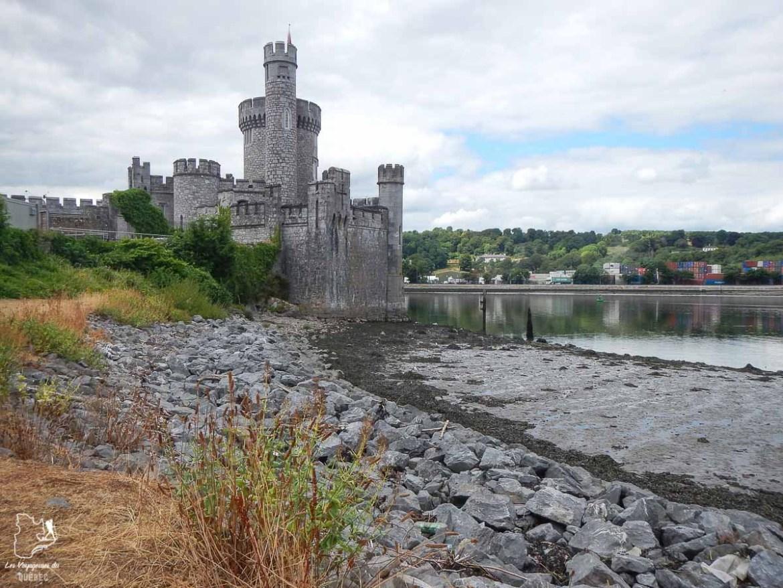 Le Black Rock Castle près de Cork en Irlande dans notre article Road trip en Irlande : 3 semaines de road trip en couple à travers l'Irlande #irlande #irlandedunord #roadtrip #circuit #europe #voyage