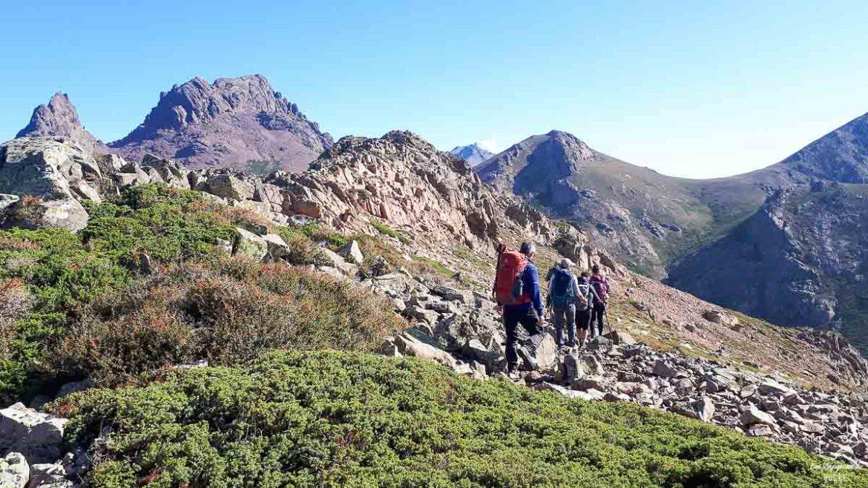 Trek organisé de niveau 4 avec l'agence de randonnée Terres d'Aventure dans notre article Voyage de randonnée : Tout savoir pour planifier son trek organisé avec une agence #randonnee #trekking #agence #voyage
