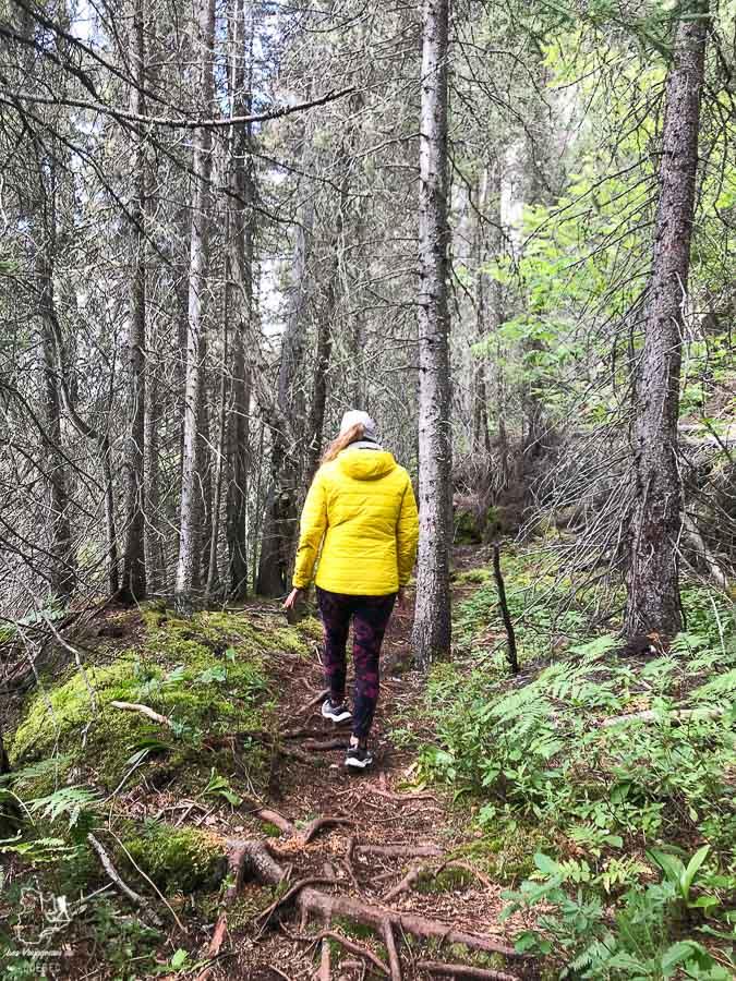 Randonnée à la Baie St-Pancrace dans notre article Road trip sur la Côte-Nord au Québec : Itinéraire voyage de 10 jours en van #cotenord #quebec #bonjourquebec #canada #roadtrip #voyage