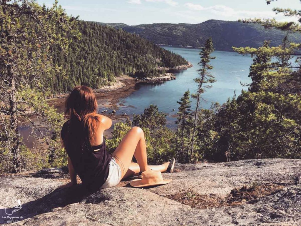Vue sur le fleuve au sommet du Mont Adéla-Lessard à Tadoussac dans notre article La randonnée au Québec : 8 randonnées pédestres au Québec testées et approuvées #randonnee #randonneepedestre #quebec #canada