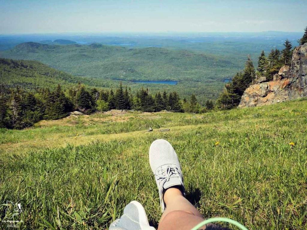Au sommet du Mont Orford dans notre article La randonnée au Québec : 8 randonnées pédestres au Québec testées et approuvées #randonnee #randonneepedestre #quebec #canada