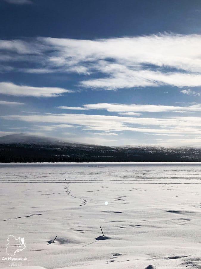 Motoneige et randonnée au Parc national Kluane Haines Junction au Yukon dans notre article Visiter le Yukon en hiver : quoi faire au Yukon durant la saison hivernale #yukon #hiver #canada #voyage
