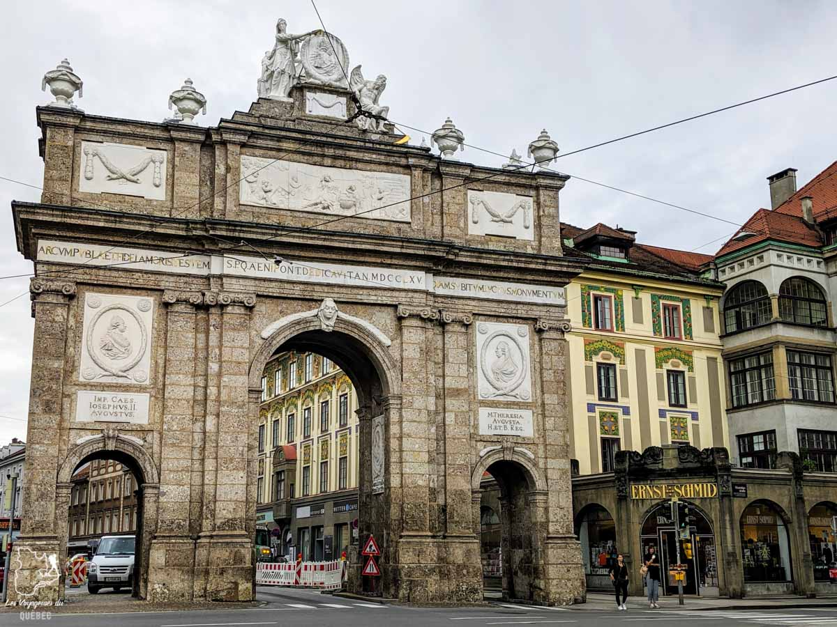 Arc de Triomphe d'Innsbruck dans notre article Petit guide pour visiter Innsbruck en Autriche : Que faire à Innsbruck en un jour #Innsbruck #autriche #europe #voyage