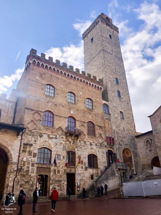 Torre Grossa de San Gimignano en Toscane dans notre article Mon weekend à visiter San Gimignano en Italie : Magnifique ville fortifiée de la Toscane #sangimignano #toscane #italie #unesco #voyage