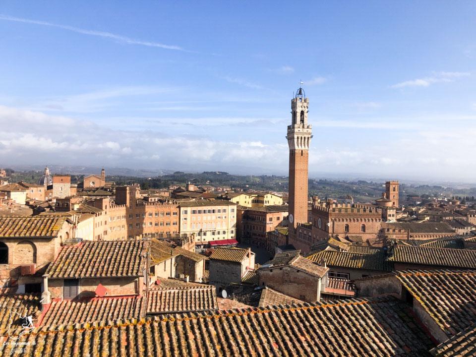 Vue sur Sienne depuis le belvédère Facciatone dans notre article Visiter Sienne en Toscane en Italie en 10 incontournables et adresses foodies #italie #sienne #toscane #voyage