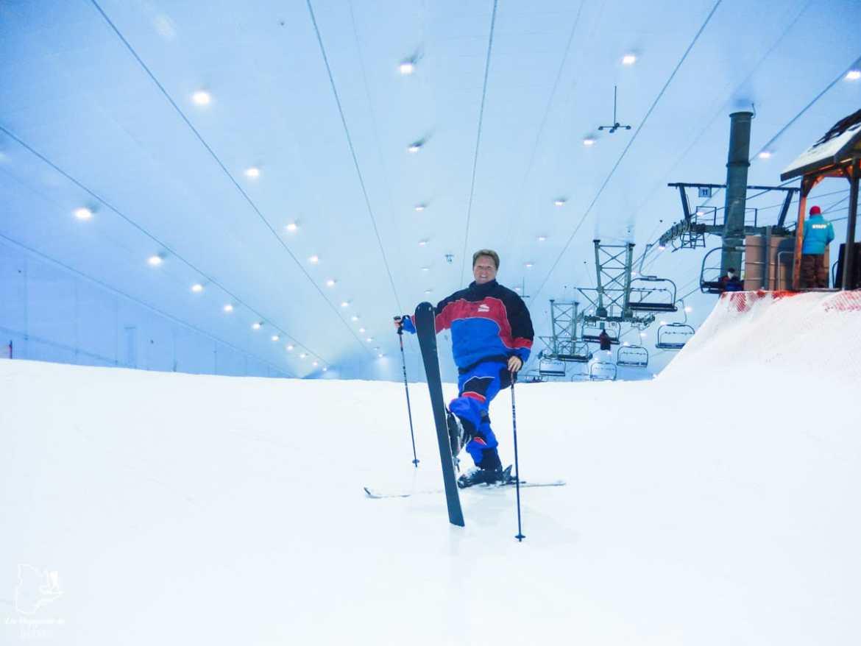 Skier à l'intérieur du Dubaï Mall dans notre article Visiter Dubaï avec un petit budget : Que faire à Dubaï et voir pour un séjour pas cher #dubai #emiratsarabesunis #asie #voyage