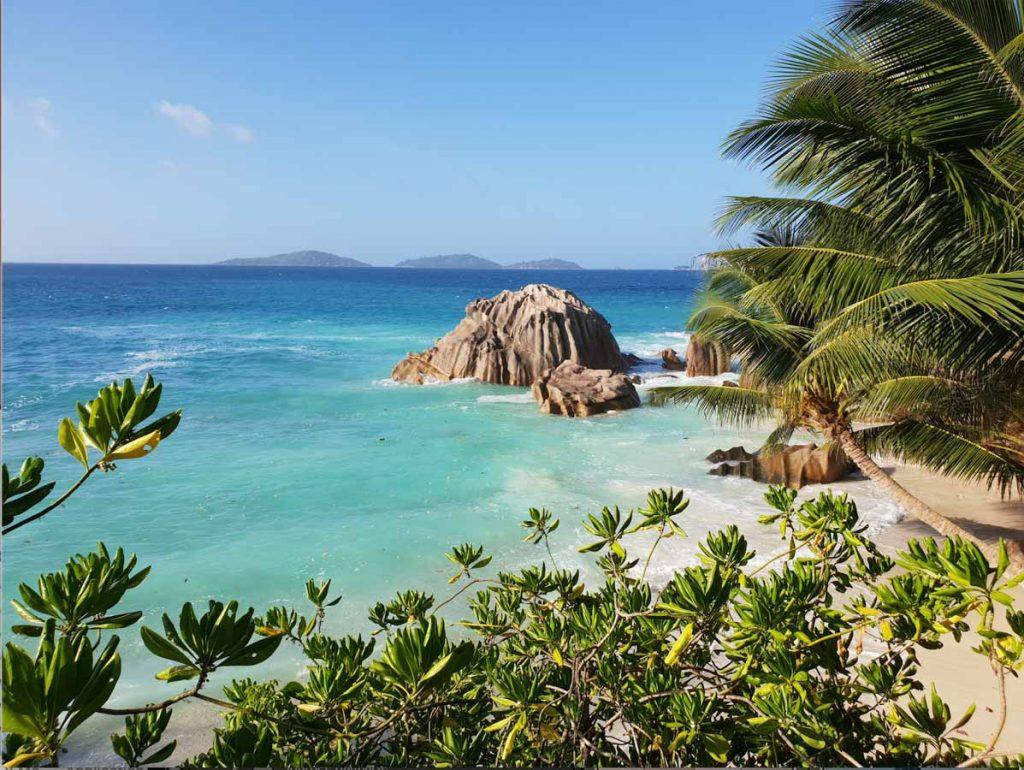 Les Îles Seychelles, une destination pour femme enceinte dans notre article Voyager en étant enceinte : 26 destinations idéales pour une femme enceinte #enceinte #grossesse #voyage #destinations