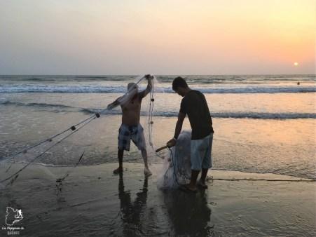 Pêcheurs à Kochi en Inde dans notre article 10 conseils pour un voyage en Inde pas cher et à petit budget #inde #asie #voyage #petitbudget #conseilsvoyage