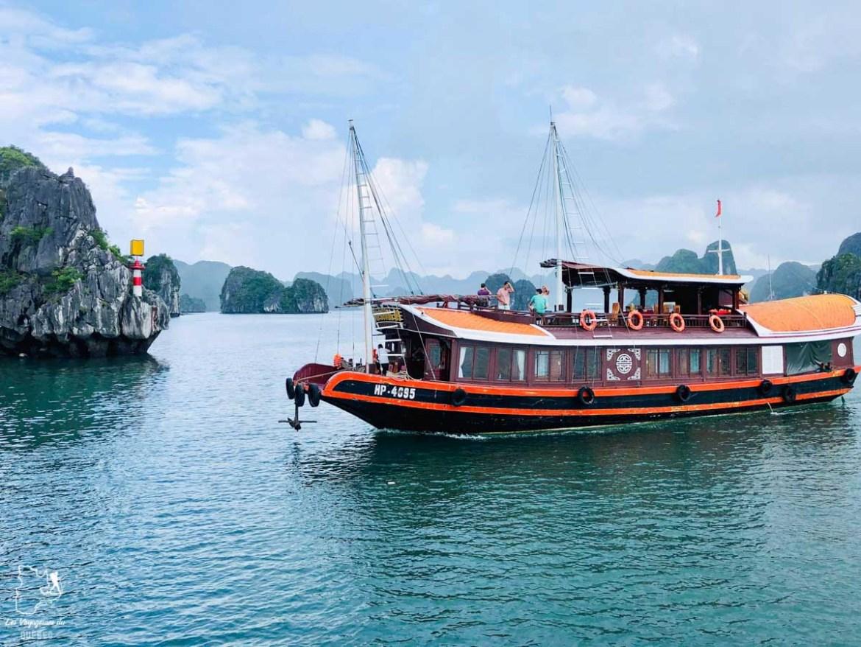 Croisière à Cat Ba au Vietnam dans notre article Oser partir en voyage au bout du monde malgré des barrières #voyage #oservoyager