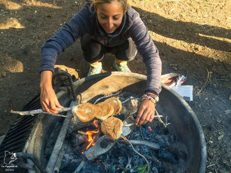 Faire la cuisine en voyage sur le pouce dans notre article Voyage en auto-stop : De l'Alaska à la Californie sur le pouce, une aventure humaine #autostop #pouce #voyage #usa #canada