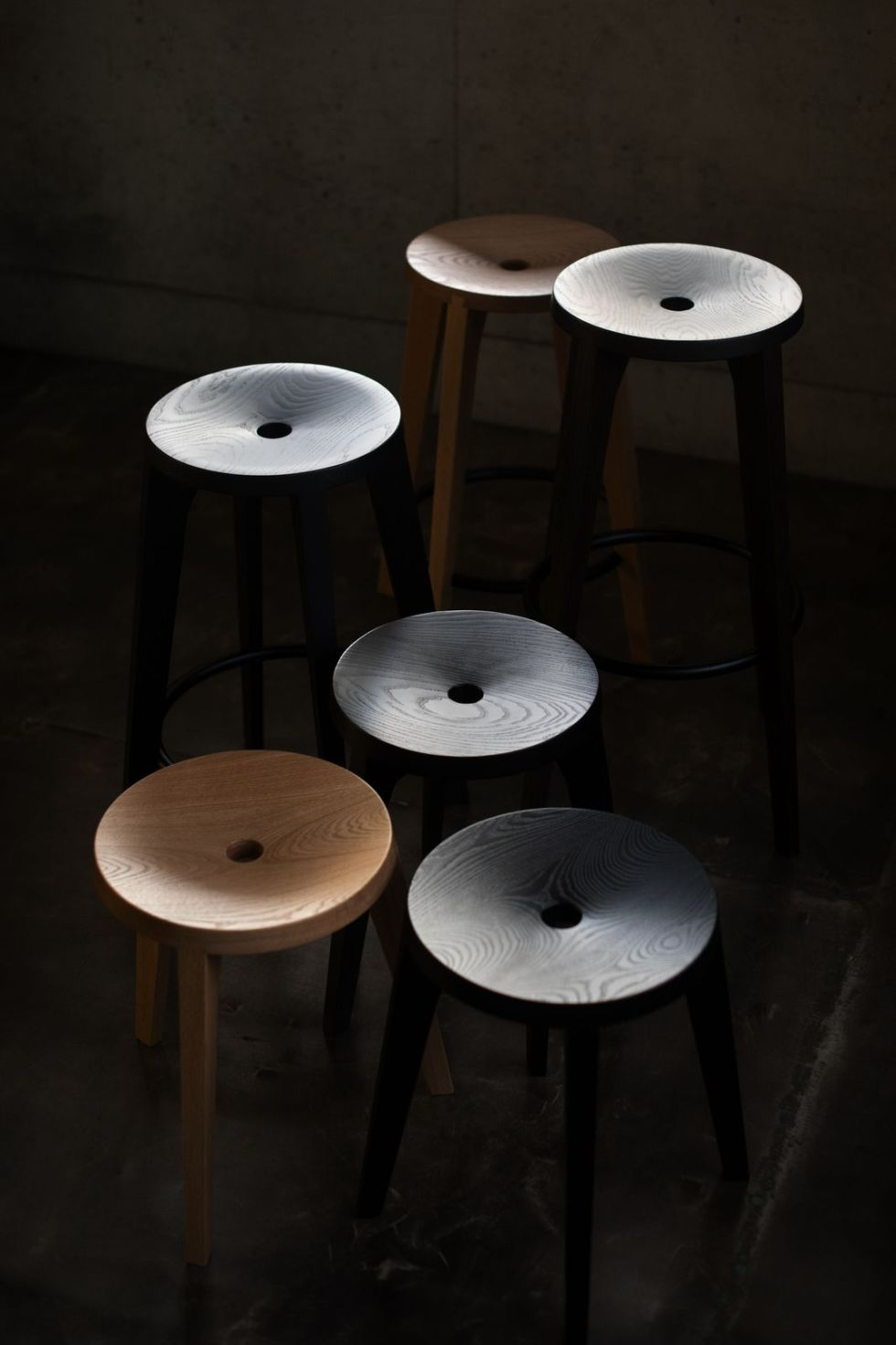 dovetail stools holm diffrent colors and heights