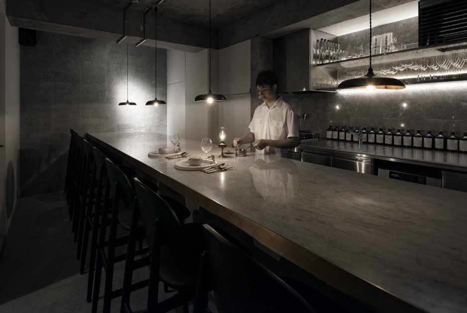 Yama Dessert Shop, Ariake, Outline Barstool, LES VRAIS