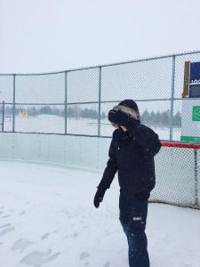 Zachary Barde sur une patinoire