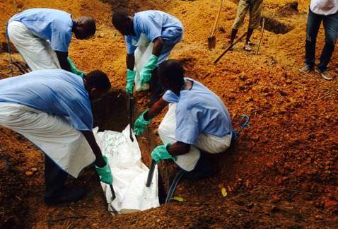 Ebola enterrement