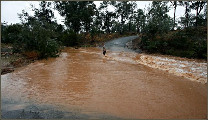 Carnarvon Creek-Crossing