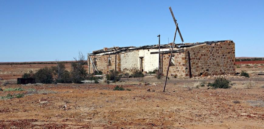 Mt-Dutton-Ruins