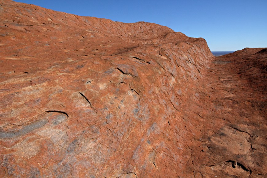 Wave-of-Ayers-Rock