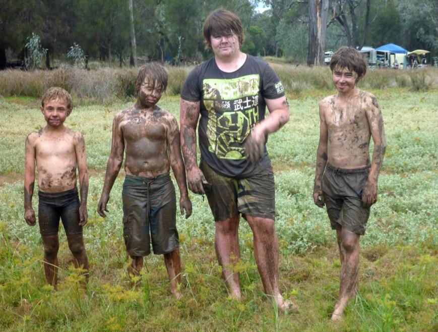 Muddy-Kids